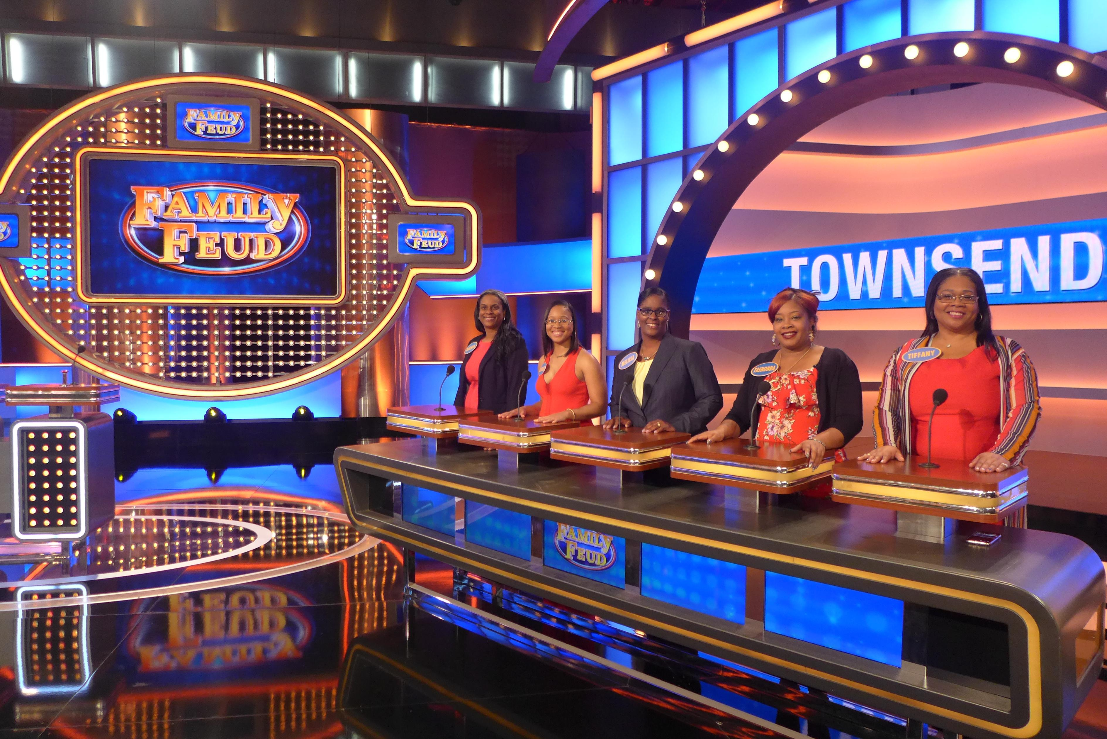 Milwaukee's Townsend Family to appear on FAMILY FEUD May 15th at 6:30pm on CW18