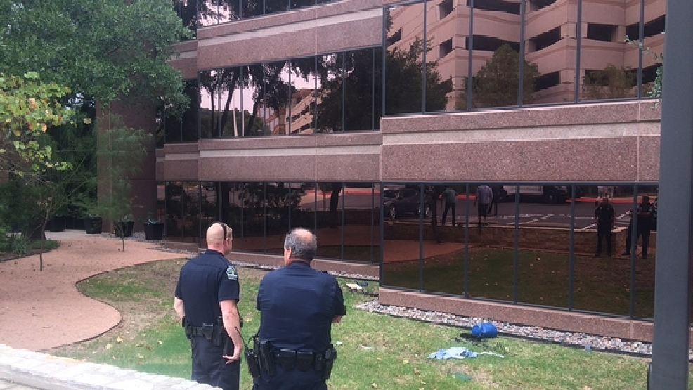 Austin window washer falls 40 feet keye for Window washing austin