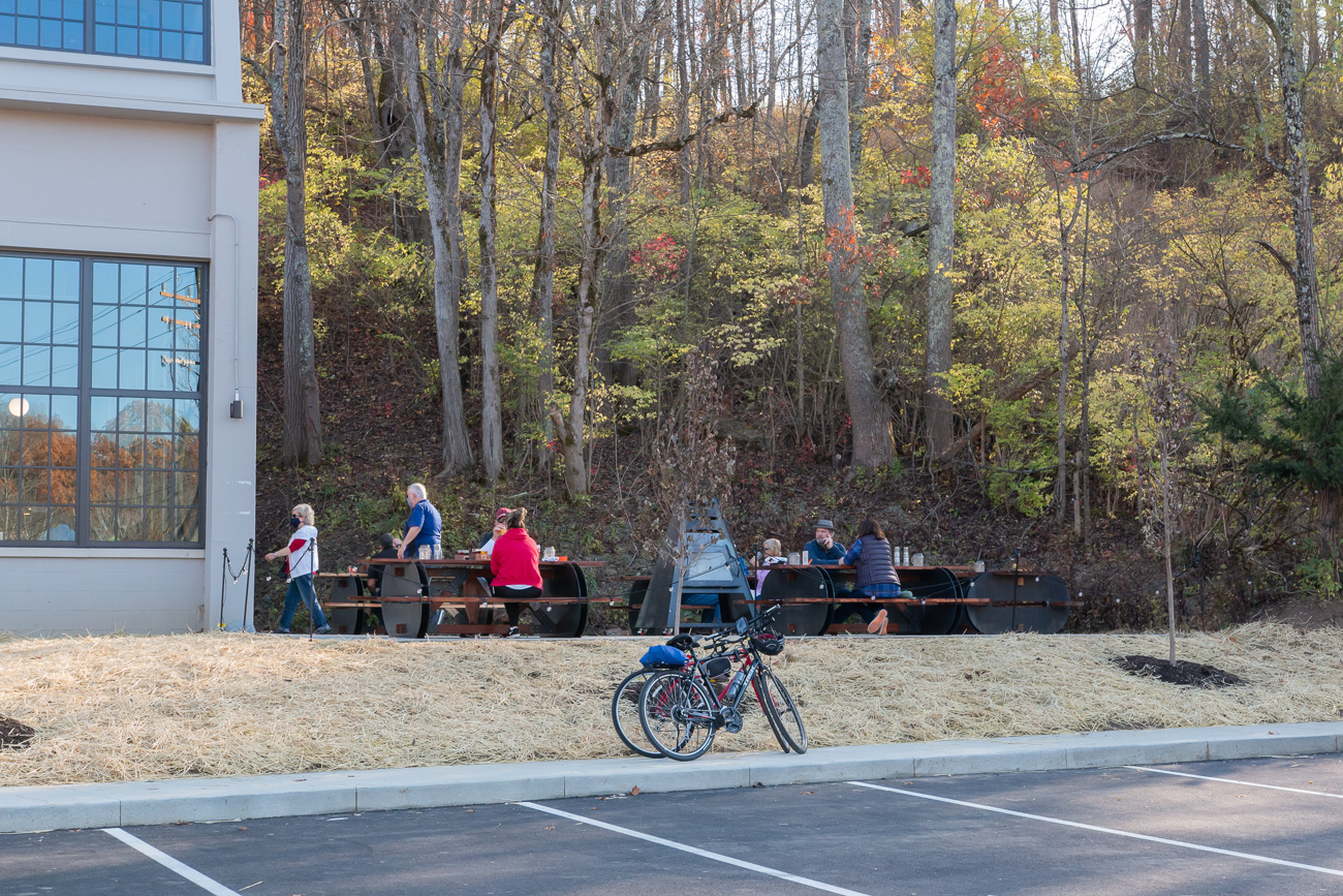<p>Cartridge also has an outdoor, shaded patio and plenty of places to secure bikes. / Image: Elizabeth A. Lowry // Published: 11.25.20</p>