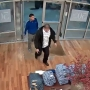 VIDEO: 3 men walk into outlet store, run out with stacks of clothes