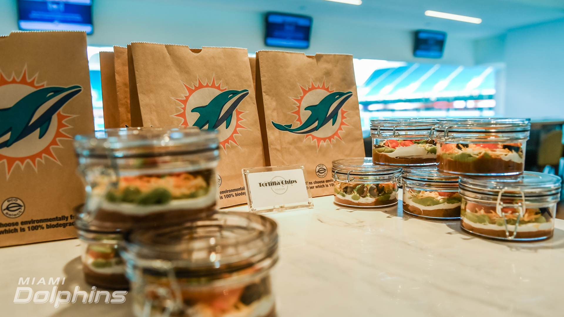 Pre-Packaged Food in Suites at Hard Rock Stadium Suites{ }{ }(Miami Dolphins)
