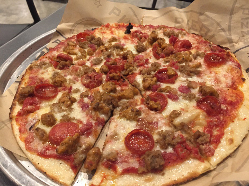 Mad to Meat You pizza (Dave Williams/WCIV)