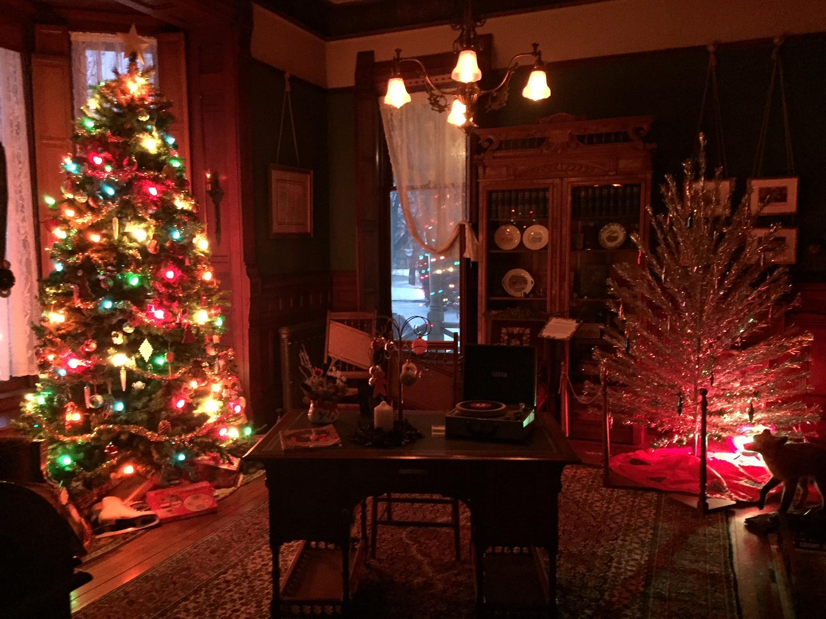 Lauren Kalil gave us a preview of the Hearthstone Victorian Christmas in Appleton, December 17, 2017, (WLUK/Lauren Kalil)<p></p>