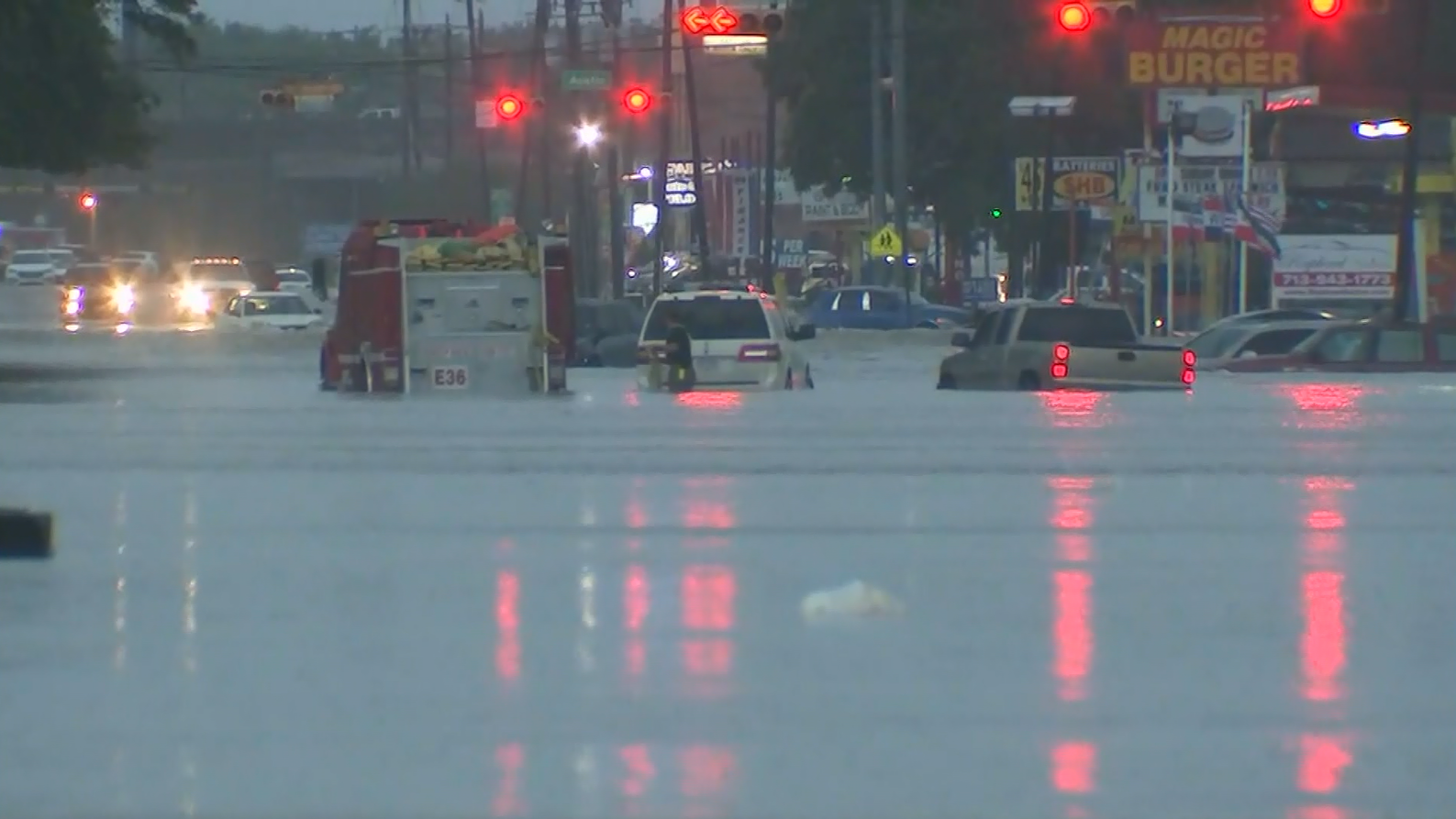 Water rescue, flooding in Houston (KTRK/CNN)