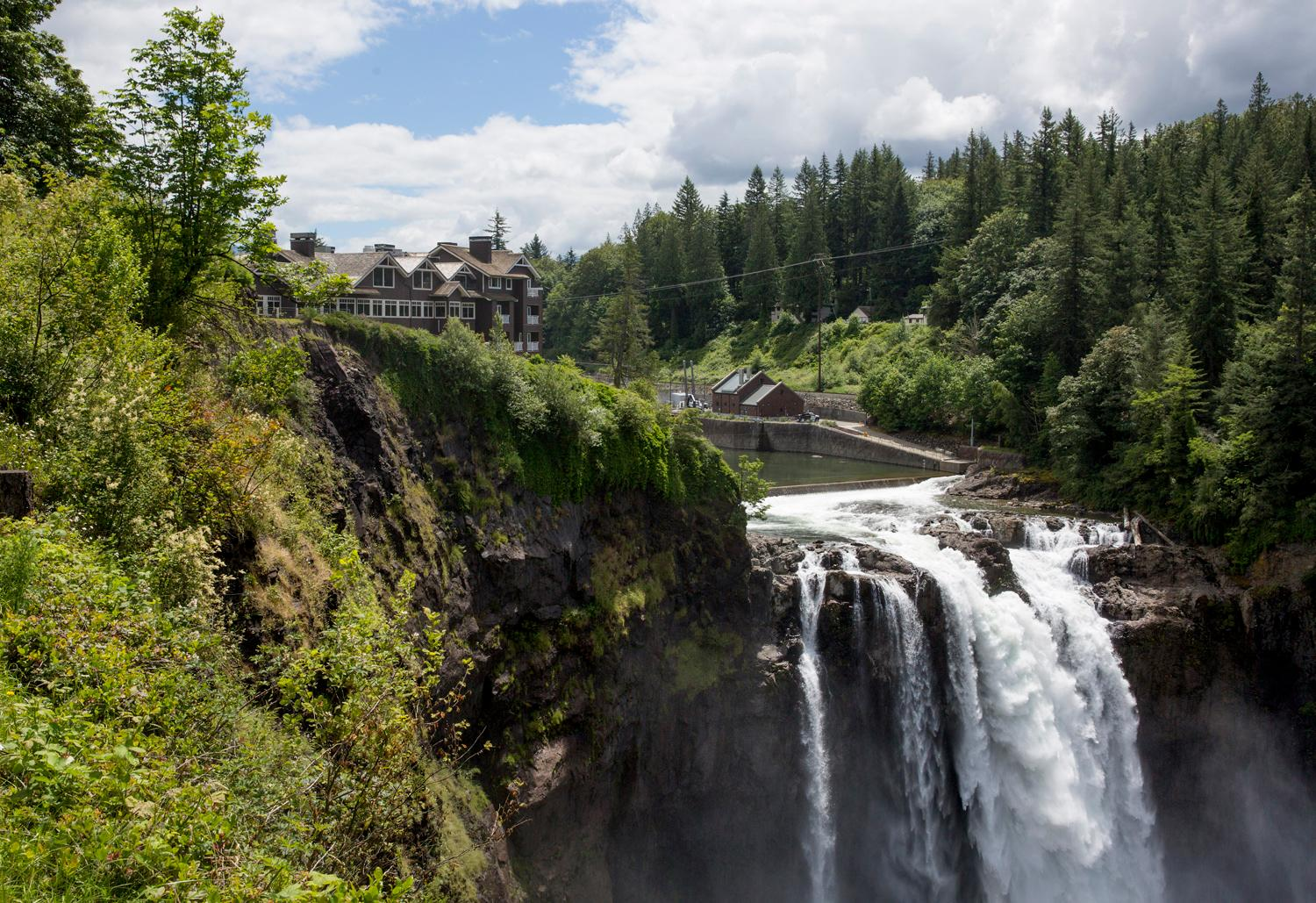 The iconic Salish Lodge and Spa went through $12 million in renovations and remodeled its 86 guest rooms. New features include gas fireplaces, and deluxe bathrooms with a soaking tub or oversized showers, with suites offering both. (Sy Bean / Seattle Refined)