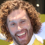 Former 'Silicon Valley' actor TJ Miller charged with making bomb report on train