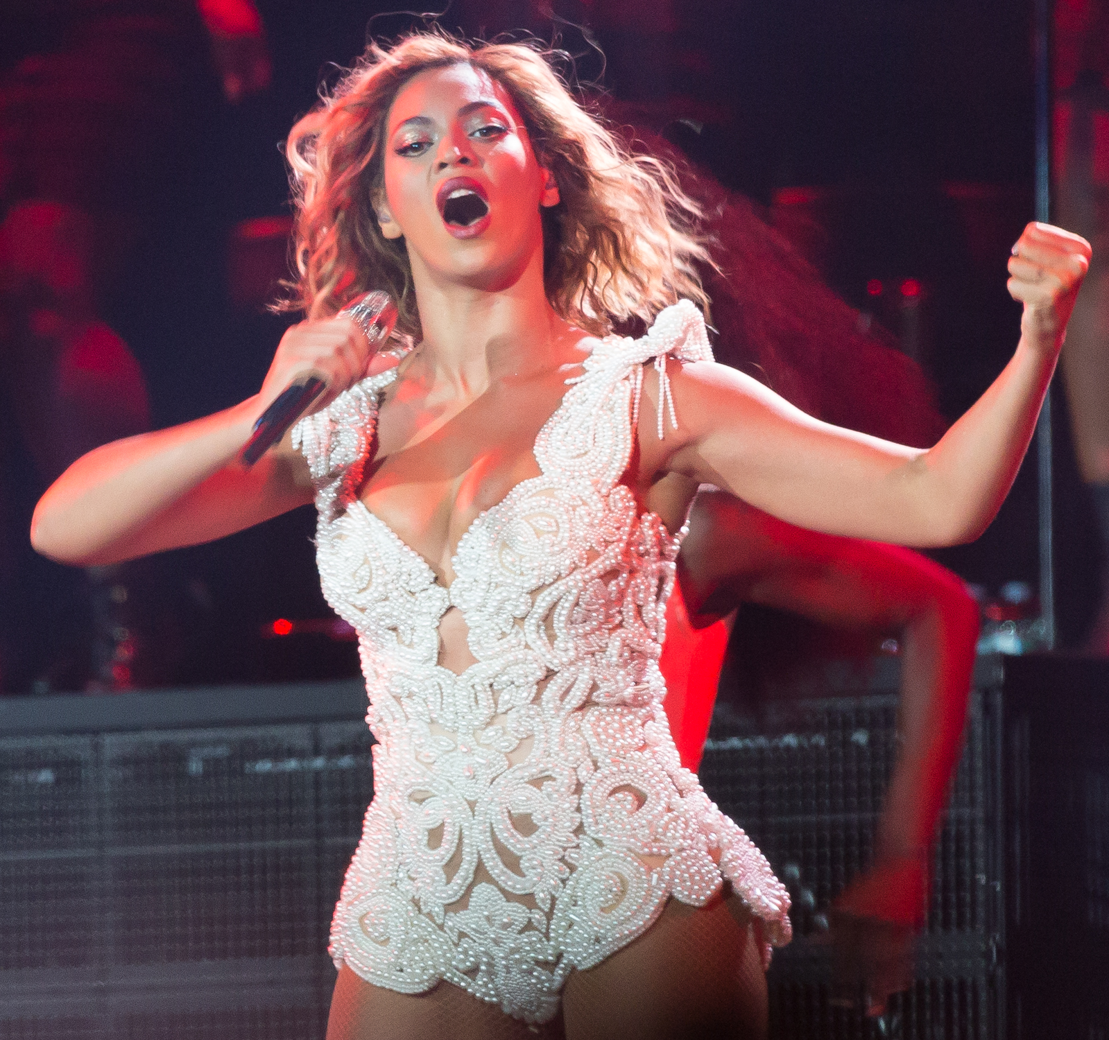Beyonce performing in Philadelphia, Pennsylvania (WENN.com)