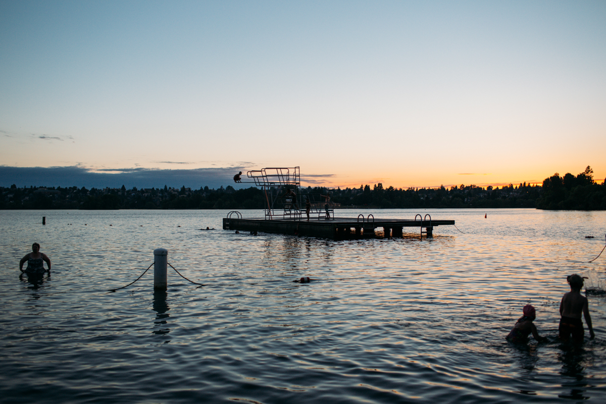Greenlake in Seattle on a regular day is pretty beautiful. But on a summer night, during an outstanding sunset? It blows us away. (Image: Joshua Lewis / Seattle Refined)