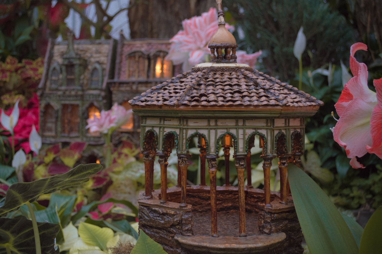 A replica of Spring House Gazebo from the Krohn Holiday Show / Image: Phil Armstrong, Cincinnati Refined // Published: 5.13.17