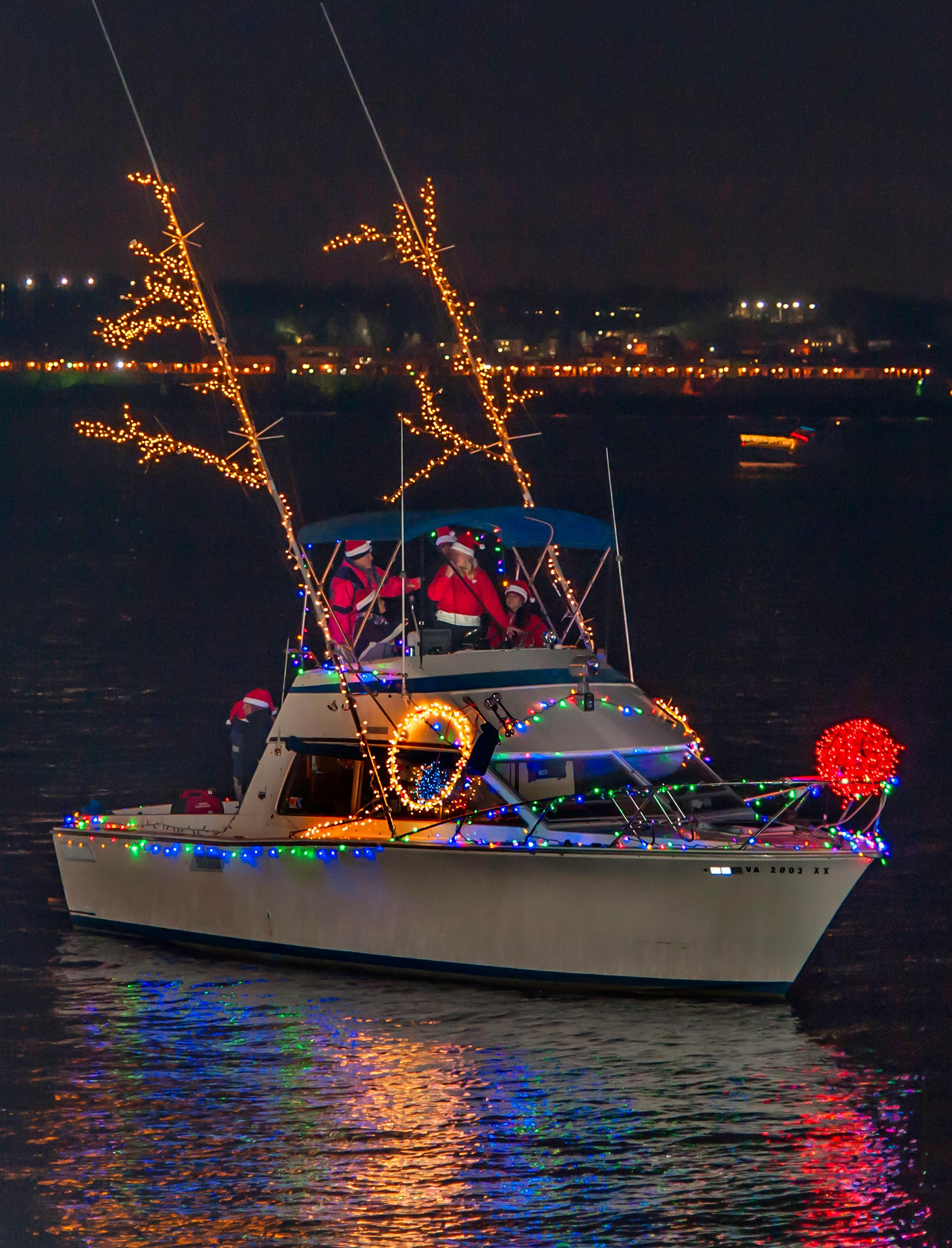 18th Annual Alexandria Holiday Boat Parade of Lights (R. Kennedy for Visit Alexandria)