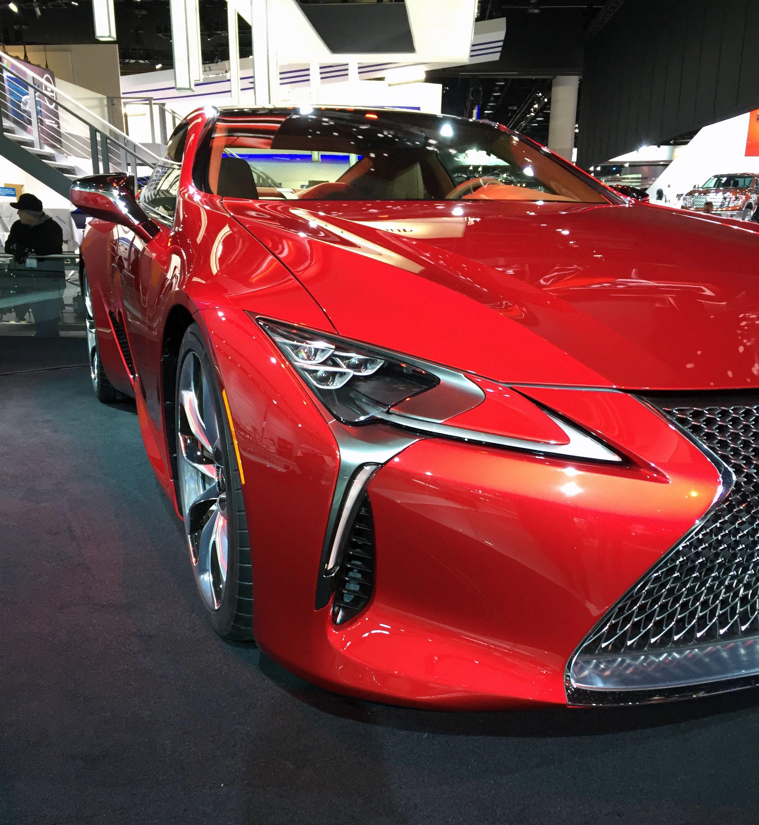 2017 Lexus LC550 (Photo by Jill Ciminillo)