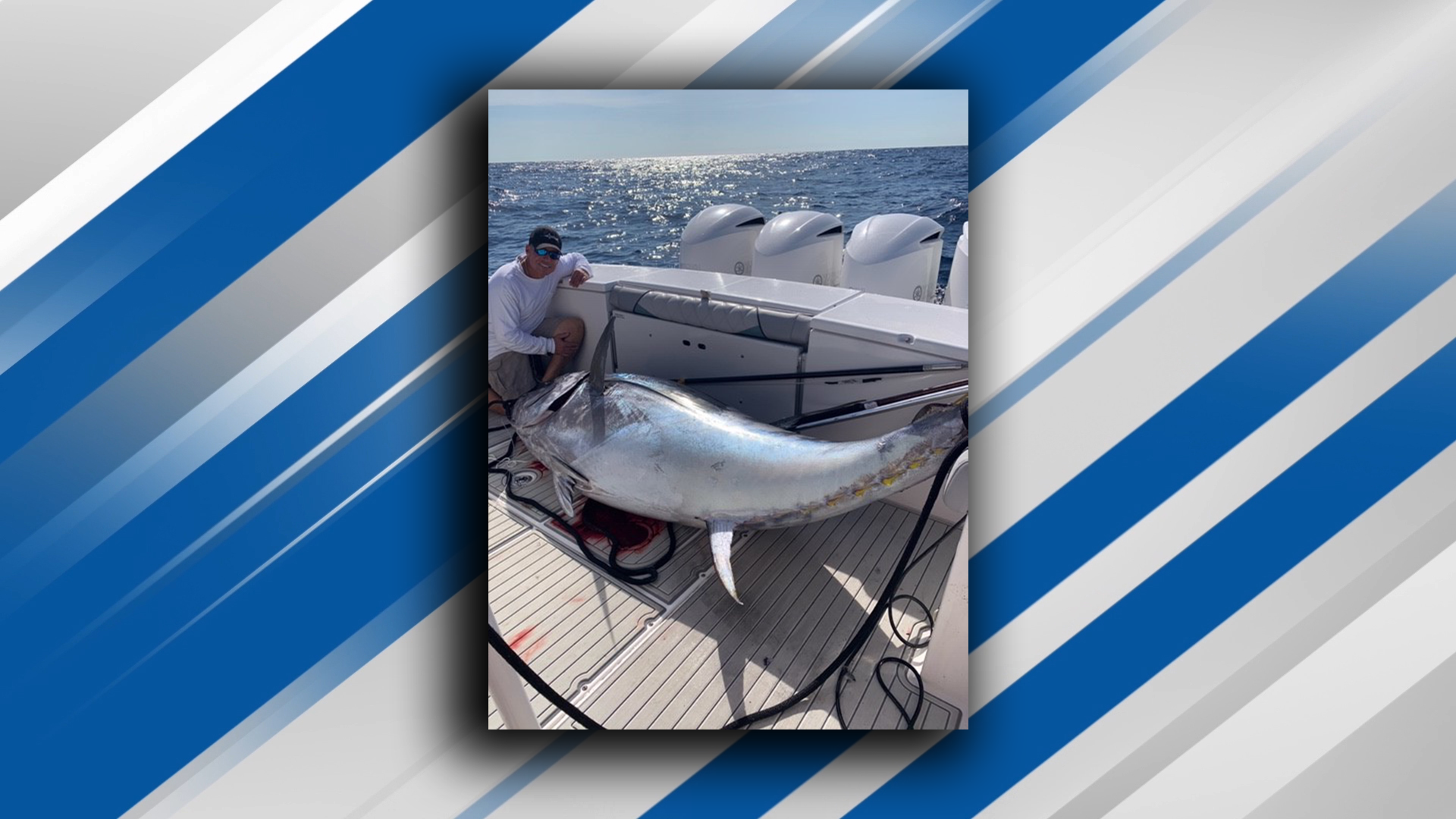 Captain Mike Busse of Reel Dusky Charters caught an 830 pound Atlantic bluefin tuna off the coast of Boca Raton. (Mike Busse){&nbsp;}<br>