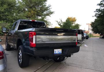 NHTSA investigating Ford F-series Super Duty tailgates for opening without warning