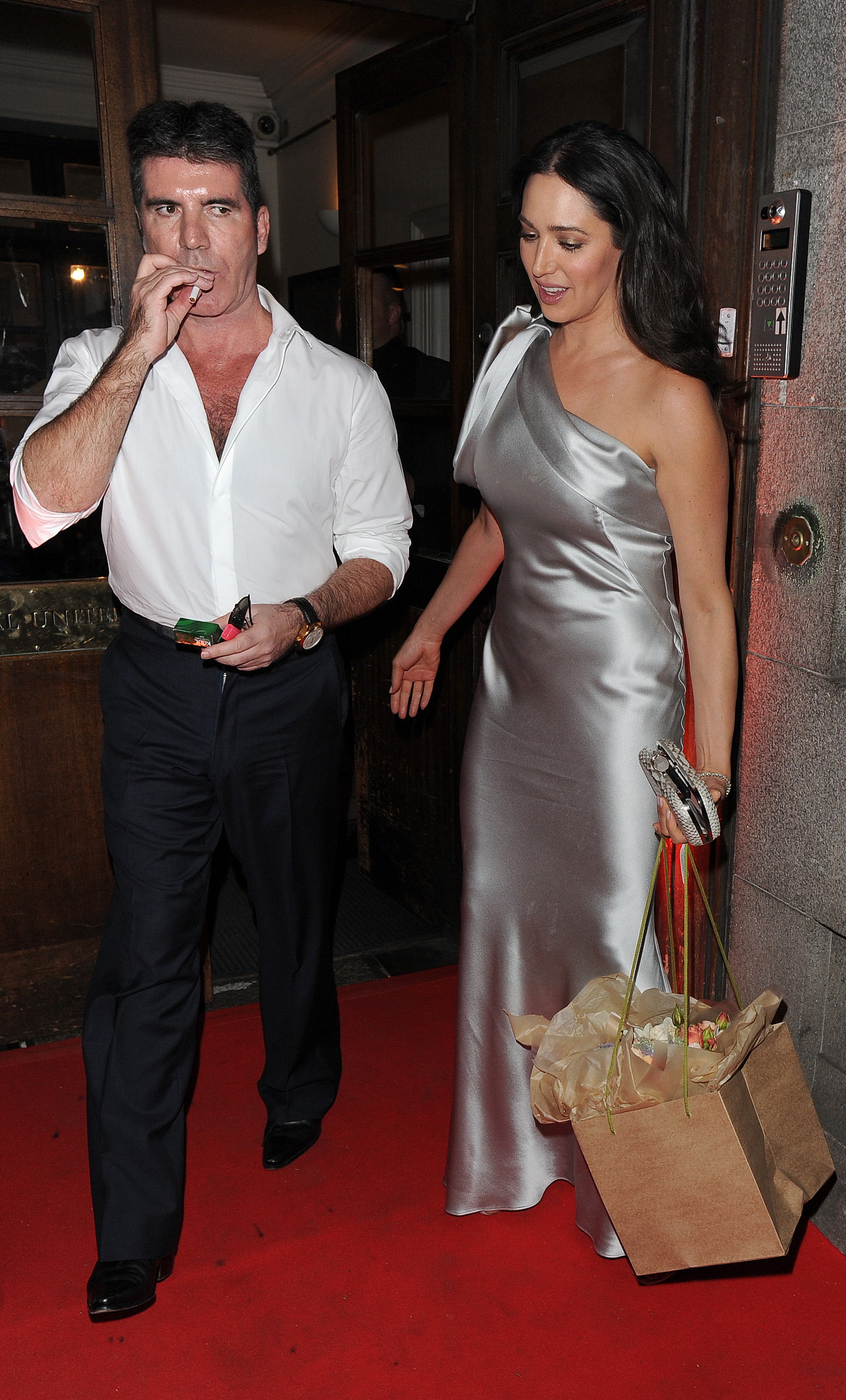Simon Cowell and wife Lauren Silverman join Amanda Holden at a private function in London                                    Featuring: Simon Cowell, Lauren Silverman                  Where: London, United Kingdom                  When: 03 Jun 2015                  Credit: Will Alexander/WENN.com