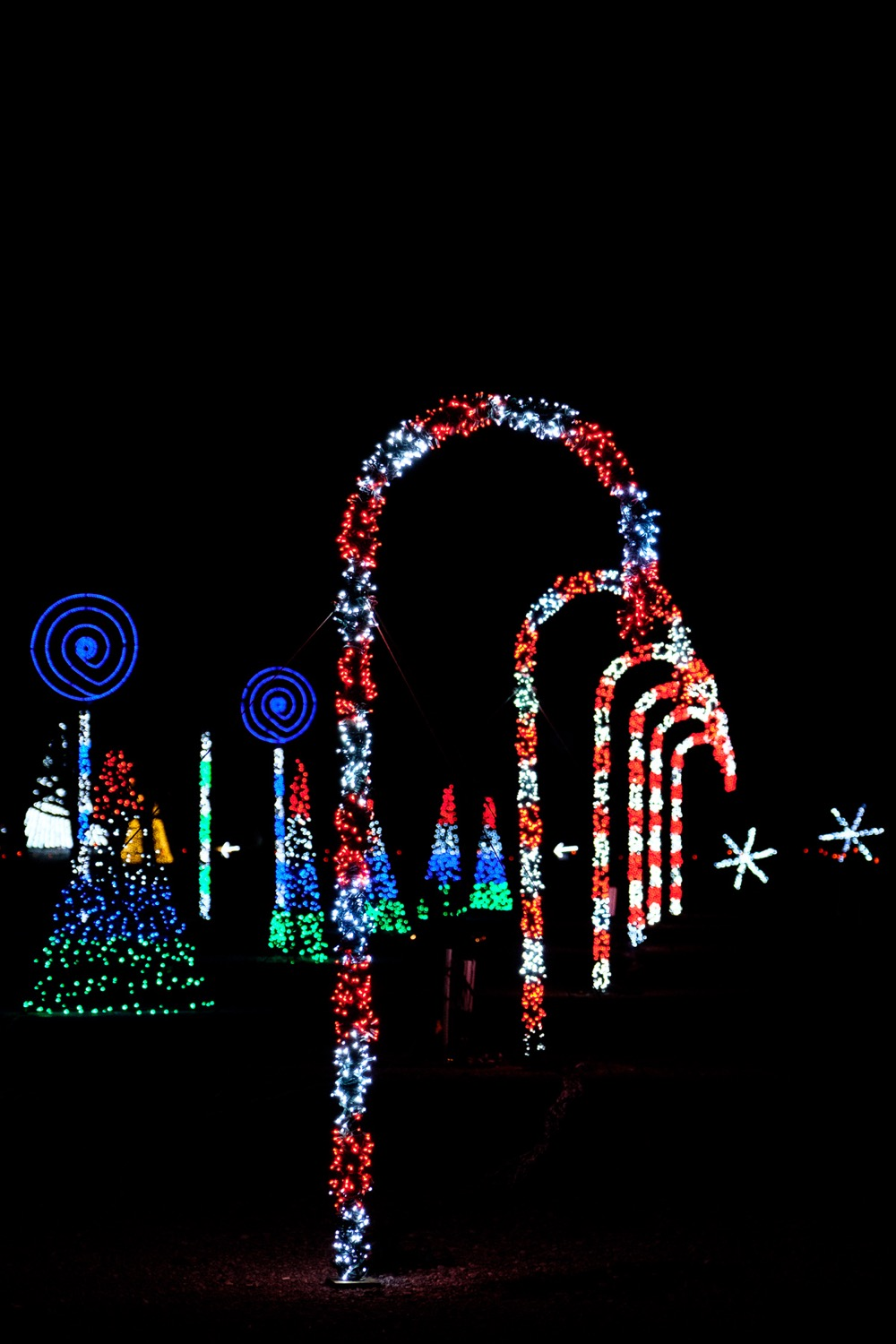 Christmas Nights of Lights at Coney Island features over a million lights. The show runs every night through January 6, 2019. It begins at dusk and runs until 10 p.m. with extended hours on weekends. / Image: Daniel Smyth // Published: 11.12.18