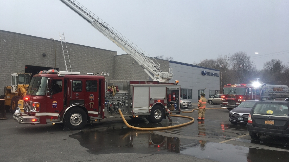 Roof Fire At Syracuse S Bill Rapp Subaru Car Dealership Wstm