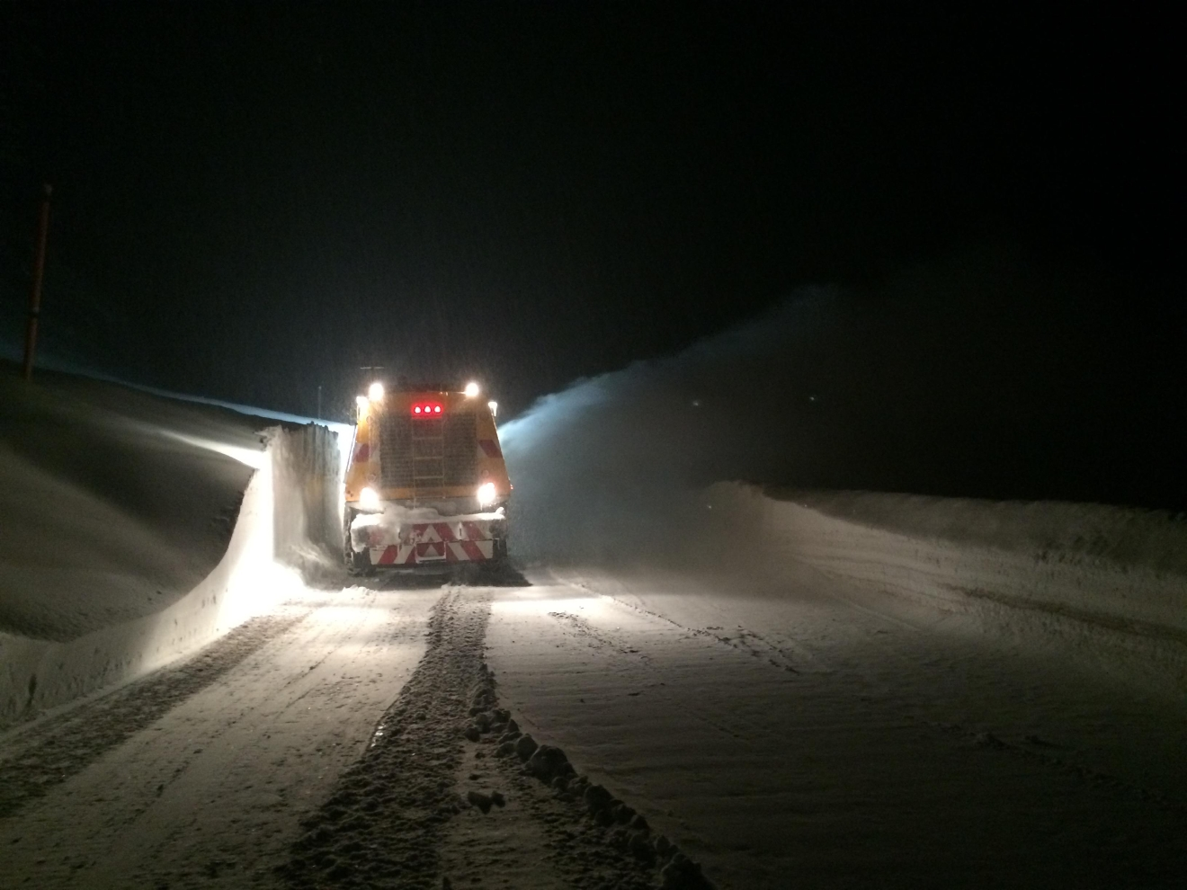 The Linn County Sheriff's Office advises drivers to avoid Santiam Pass. Avalanches and a semi truck are blocking the roadway and tow trucks will not respond overnight. Photo courtesy Linn County Sheriff's Office