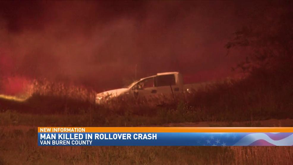 Man killed in rollover crash on M-43 in Van Buren County | WWMT