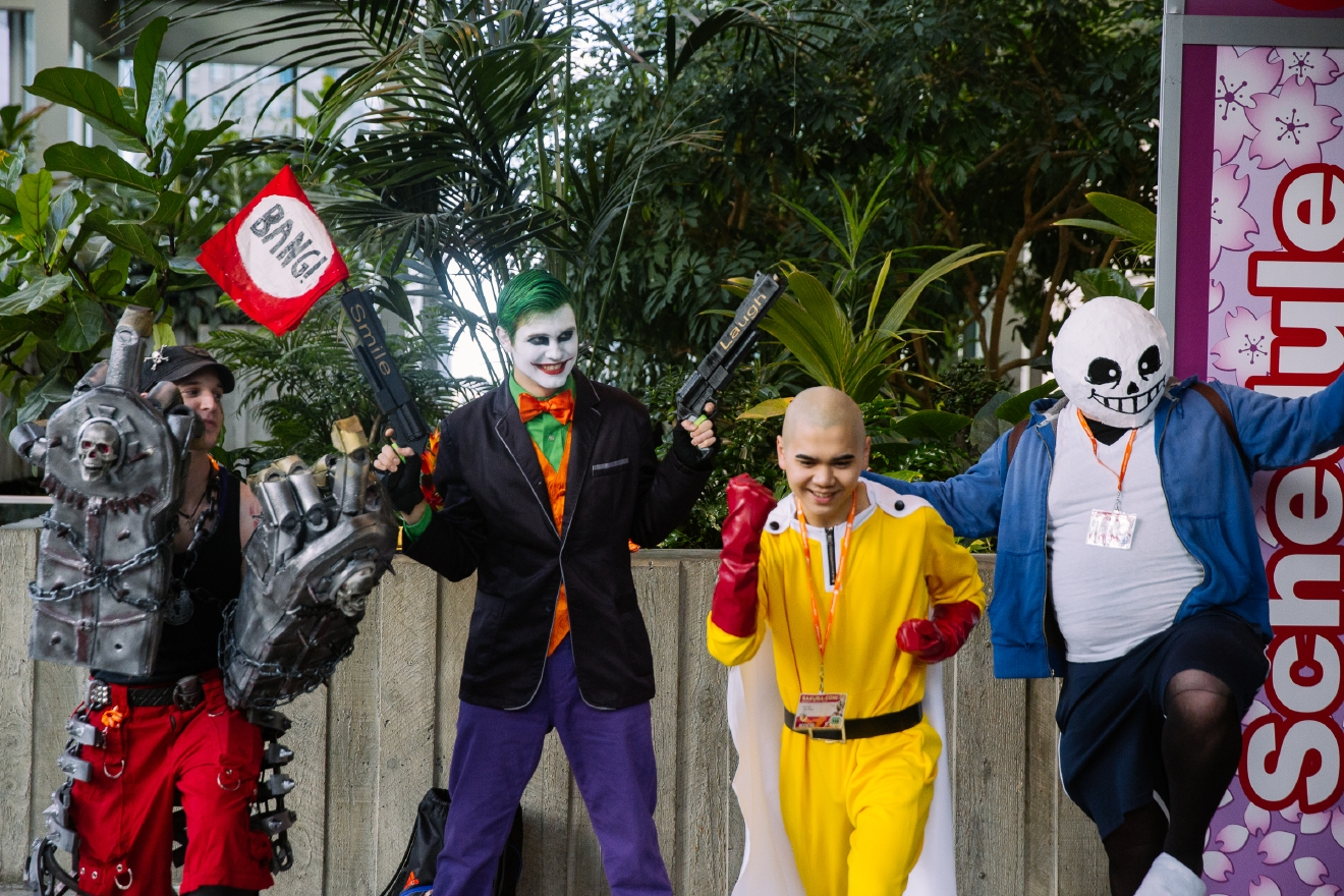 Photos Costumed Characters Downtown Sakura Con Is Back