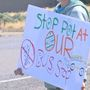 Neighbors, children protest new pot shop taking roots in West Richland
