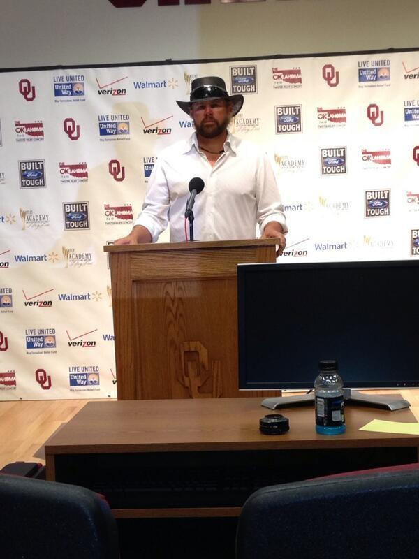Toby Keith speaks with the media.