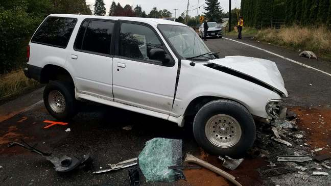Hit-and-run crash closes Hwy 212 near Damascus, police seek driver