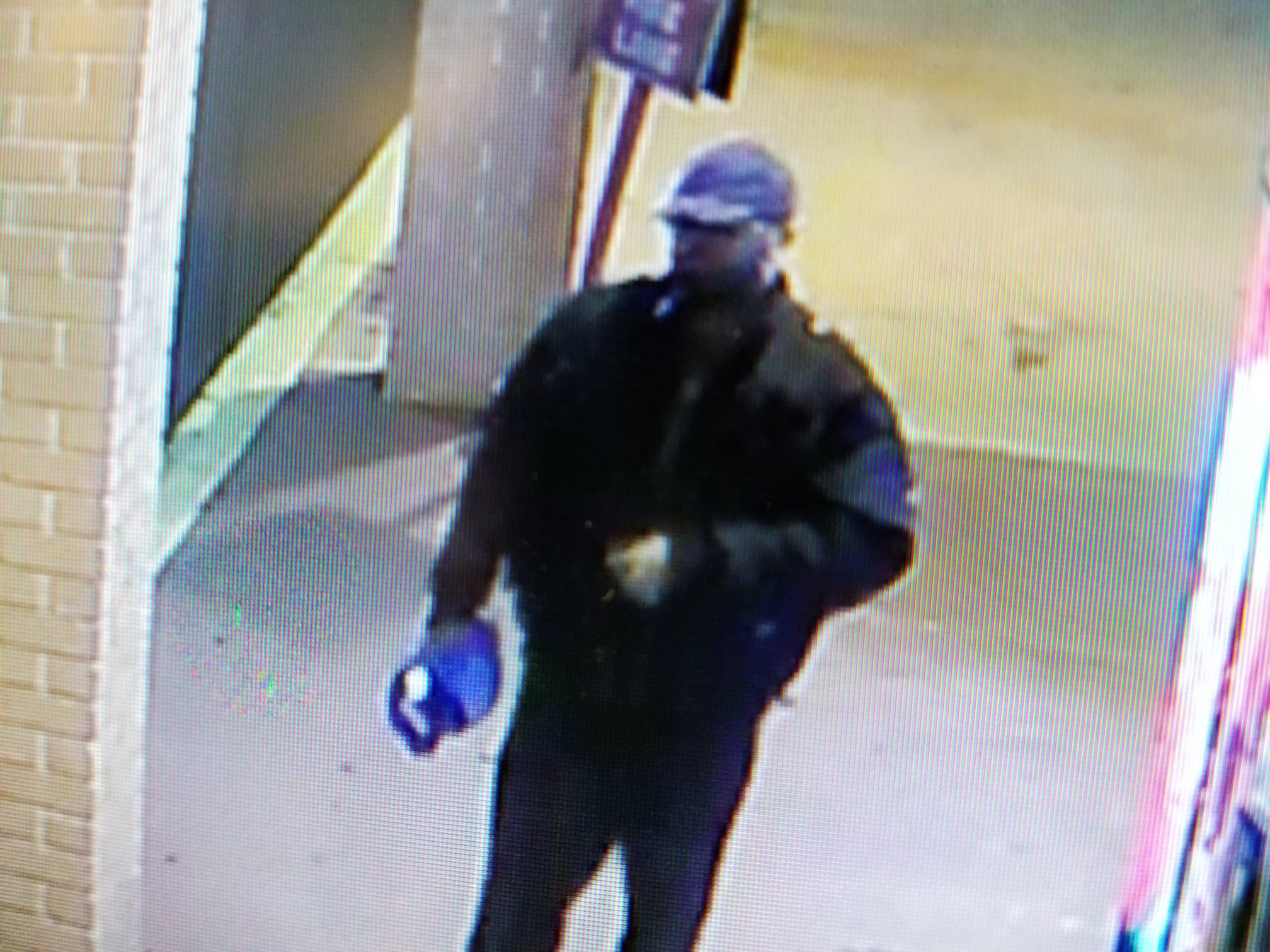 Sylvester police need your help identifying a man believed to have been stealing from drink machines at Piggly Wiggly. / Photo: Sylvester Police Department