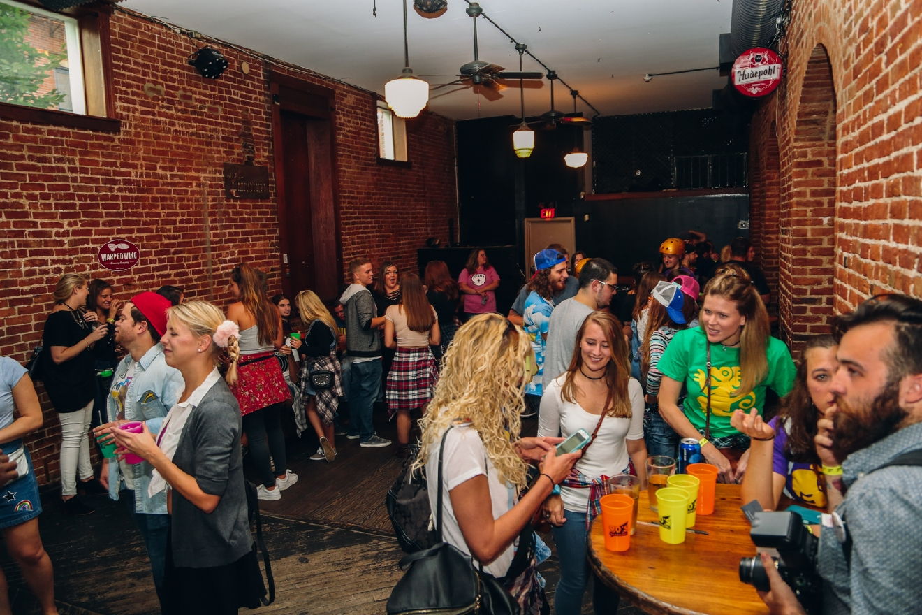 The '90s Pub Crawl took place on Saturday, Oct. 15 throughout bars in Downtown Cincinnati and Over-the-Rhine. / Image: Catherine Viox