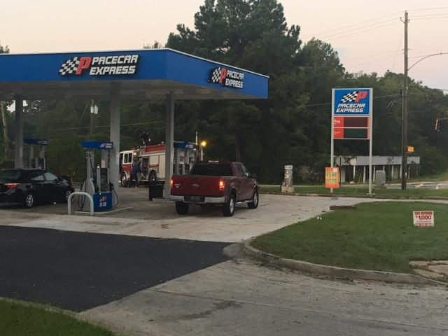 Early Wednesday morning Macon-Bibb fire crews fought to put out a blaze at the  Pacecar Express convenience store in East Macon.  / Ronshad Berry (WGXA)
