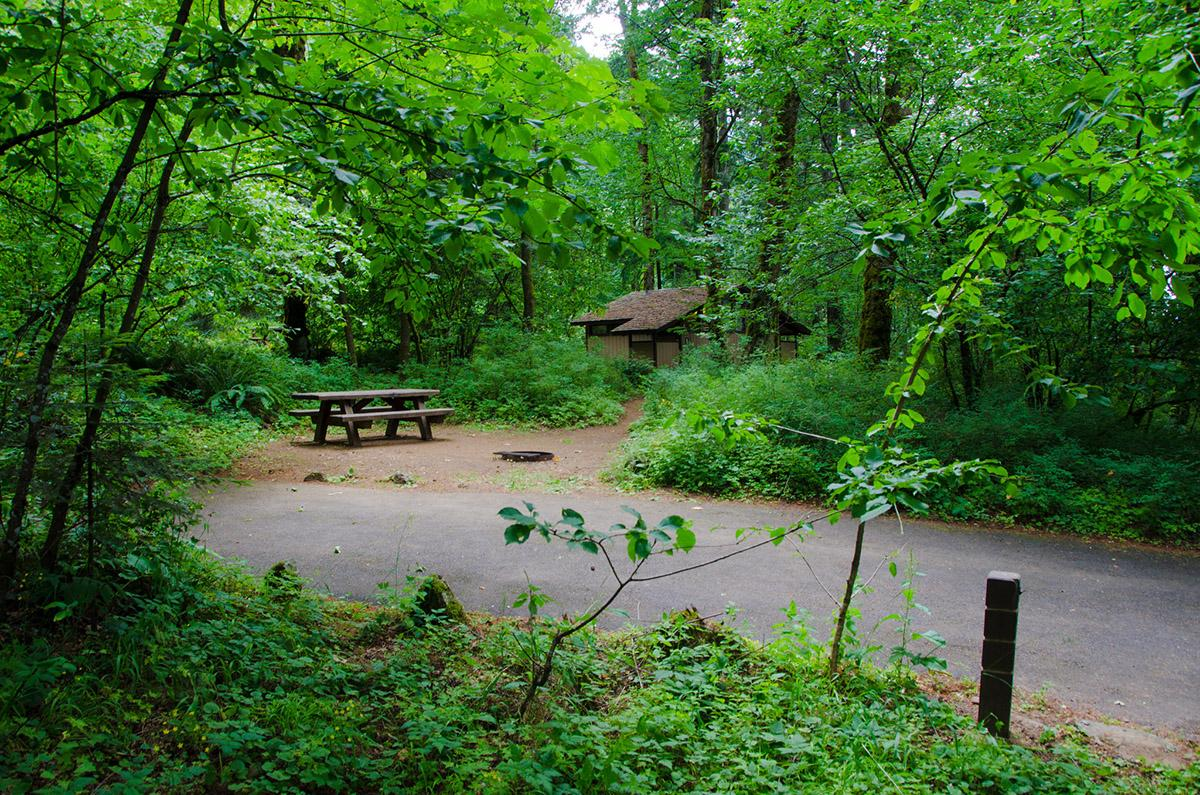 photos historic columbia gorge sites scenic beauty threatened by
