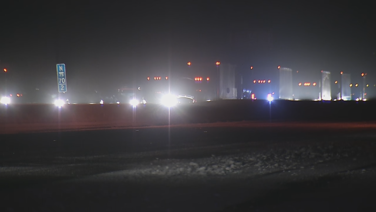 Crash involving two semis on I-75 SB in Tipp City leaves one dead (WKEF/WRGT)