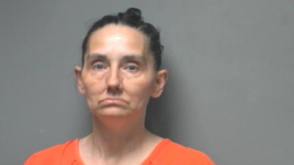 Mother of escaped Walker County inmate arrested | WBMA