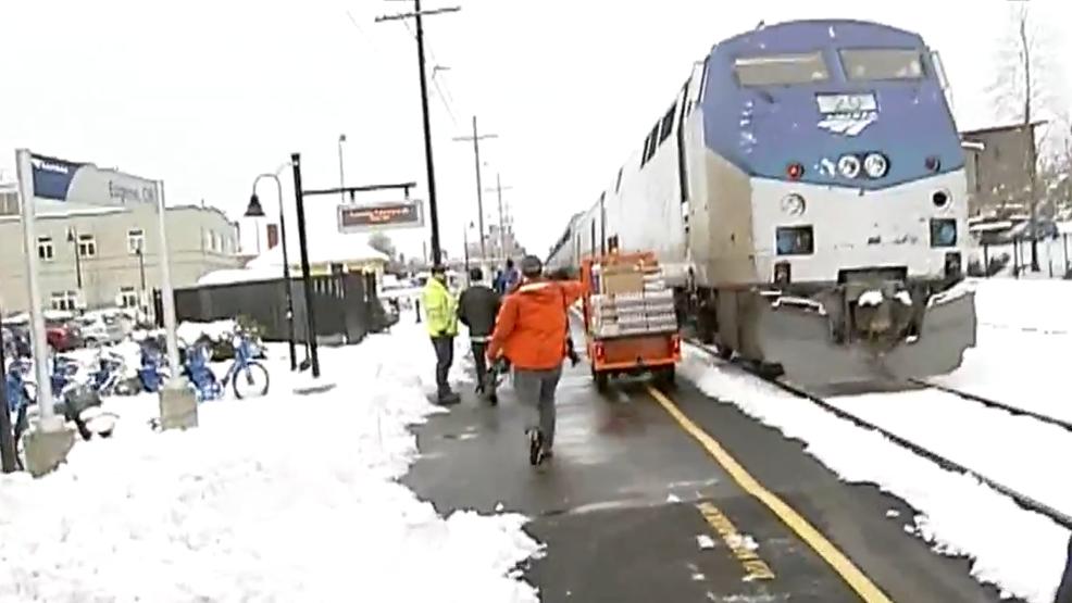 Amtrak train stranded in Oakridge by winter storm arrives in