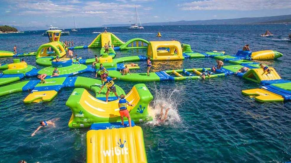 PHOTOS_BL_lake_travis_waterloo_adventures_things_to_do_austin_outdoor_activity_atx_family_fun_austin_lake_water_park_austin_tx.jpg