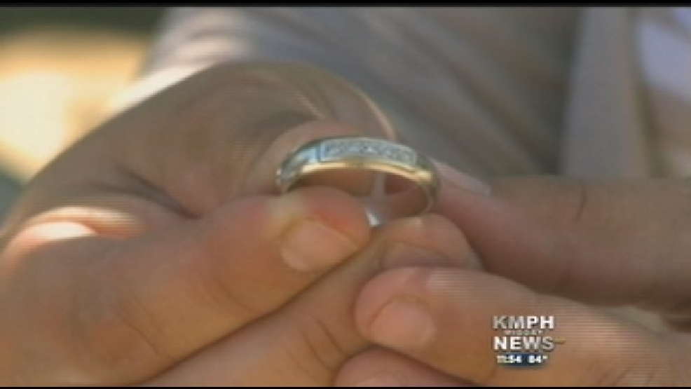 Couple Finds 50 Year Old Wedding Ring In Used Car Kmph