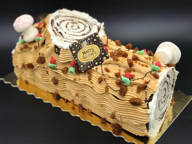 Yule love these logs – available in vanilla, chocolate, and coffee-caramel. (Image: Courtesy Tout de Sweet)<p></p>