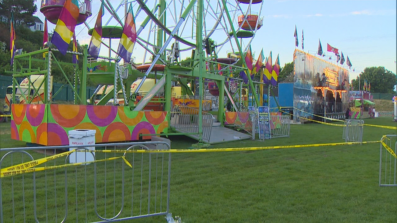 Two women and a 7-year-old boy were injured after falling more than 15 feet from a Ferris wheel in Port Townsend, Wash. Thursday night, May, 18, 2017. (Photo: KOMO News)