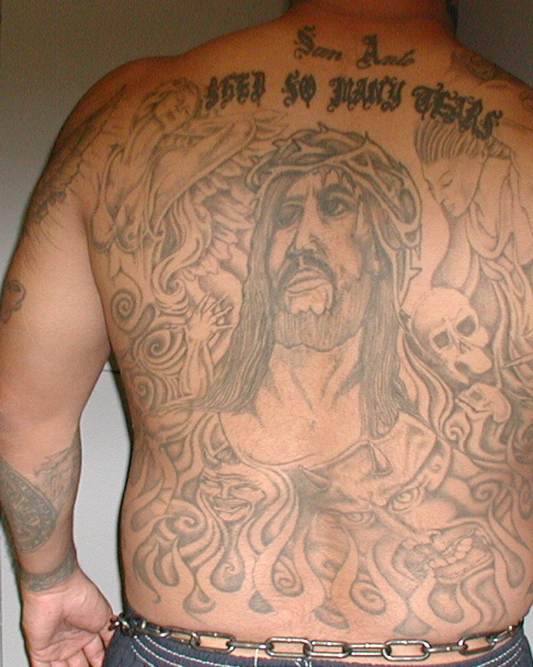 Robert HERNANDEZ - Tattoo (Back).jpg
