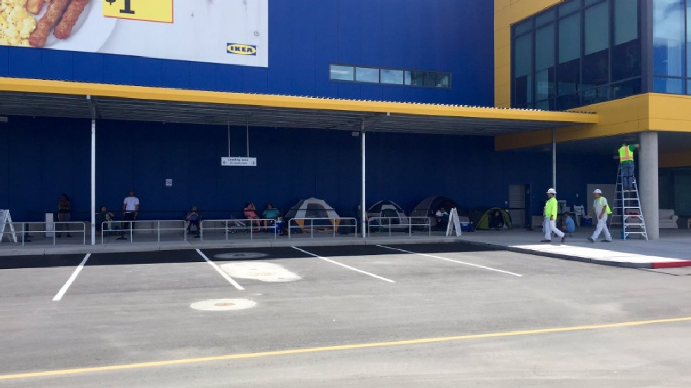 2 days and counting meet the people waiting in line outside the new ikea ksnv. Black Bedroom Furniture Sets. Home Design Ideas