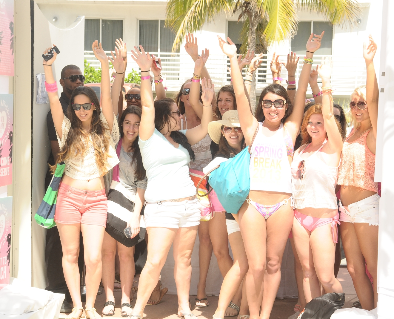 Victorias Secret PINK Brings The Ultimate Spring Break Dance Party Featuring Pink Nation