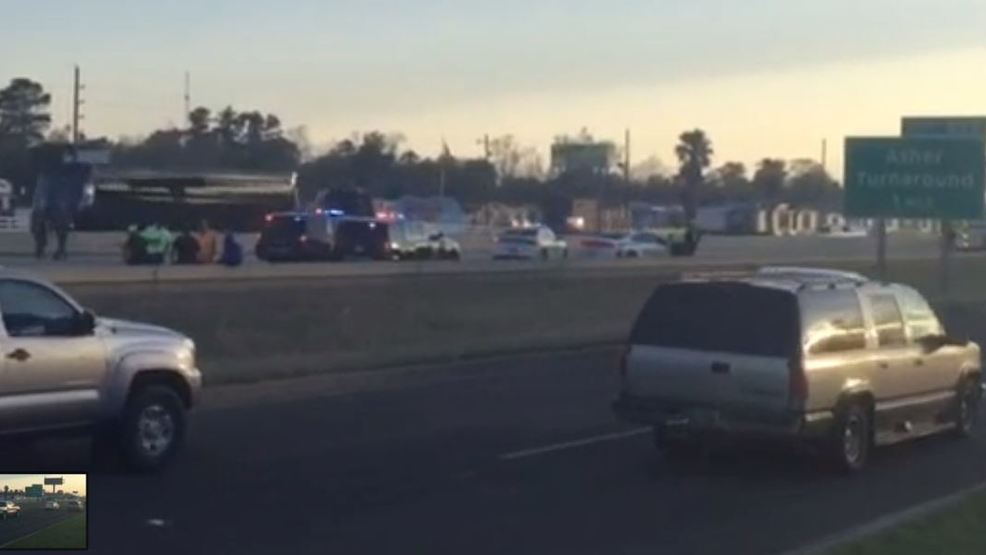 Driver in serious condition after one-vehicle crash on I-10 in