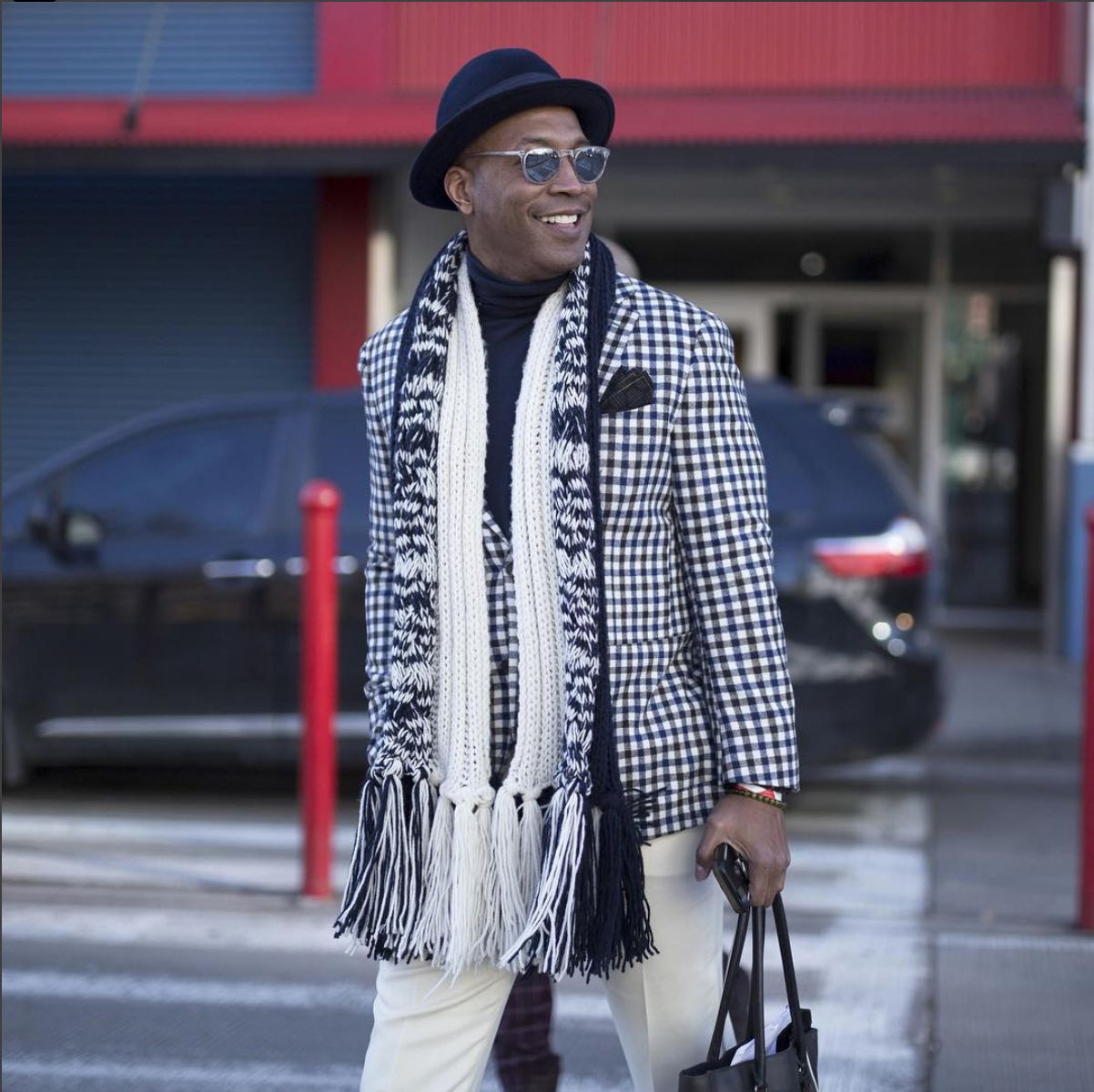 We're totally obsessed with the textures in Barnette's scarf and cool hat. (Image via @thedcfashionfool, photo by @theimpression_)