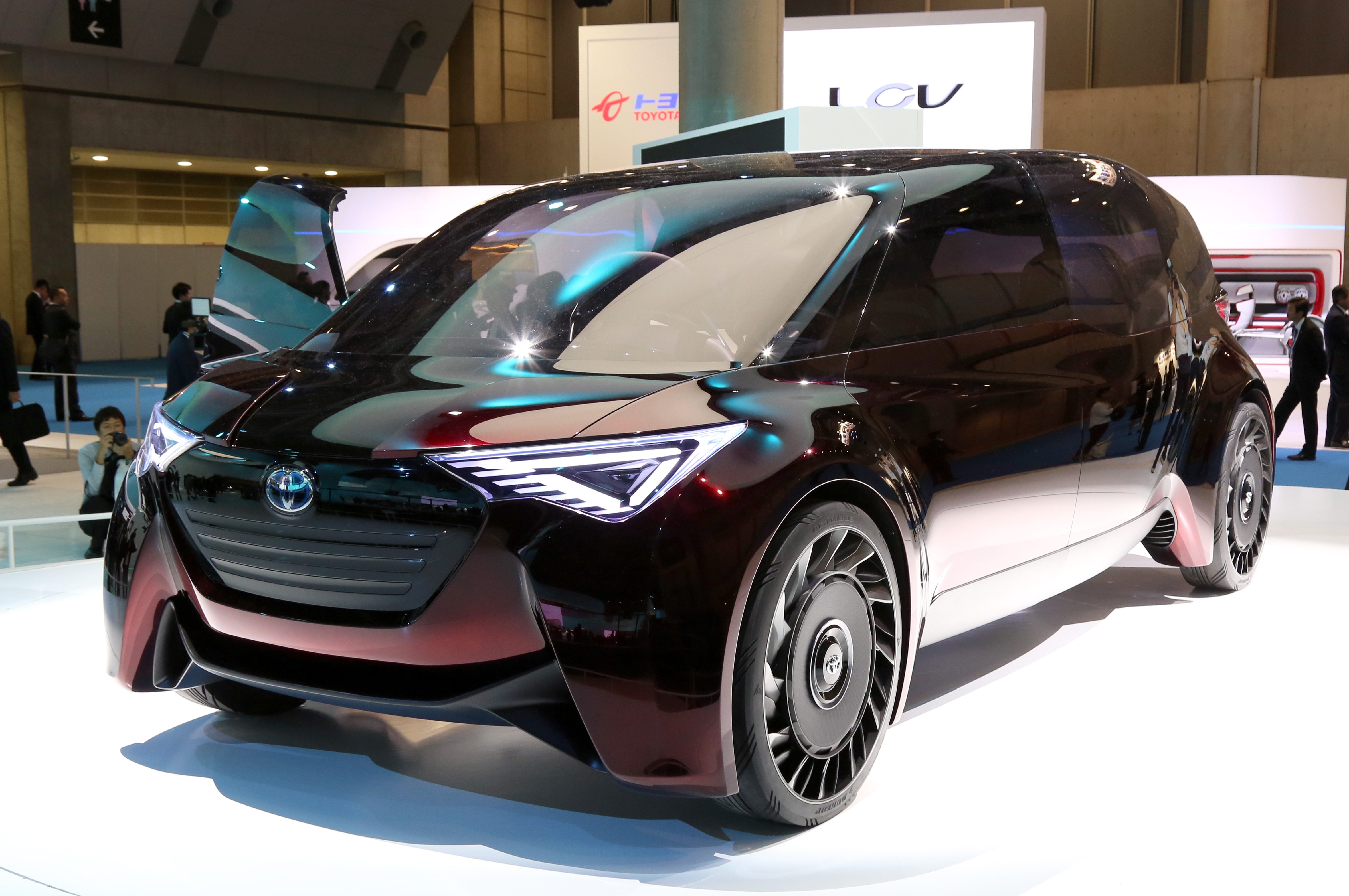 Tokyo Motor Show 2017  Featuring: Toyota Fine-Comfort Ride Concept Where: Tokyo, Japan When: 25 Oct 2017 Credit: Yukio Tomita/Future Image/WENN.com  **Not available for publication in Germany**
