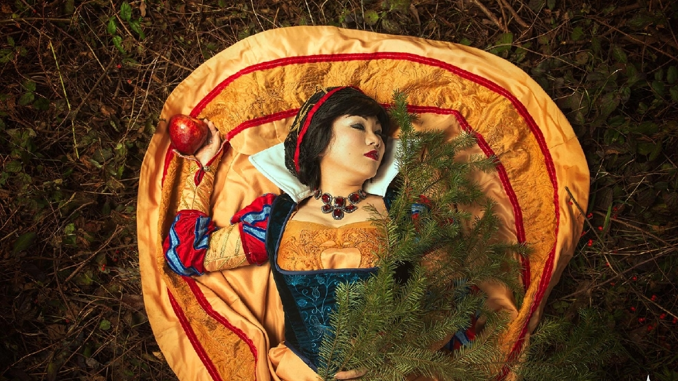 Seattle Cosplay Snow White ELITE COSPLAY.jpg