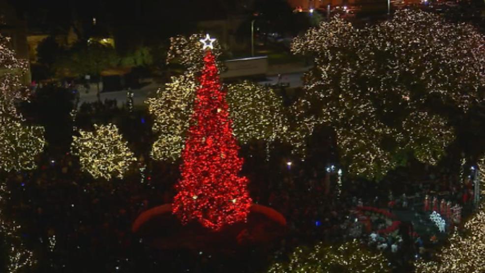 Christmas tree lights up Travis Park after months of controversy & Christmas tree lights up Travis Park after months of controversy ... azcodes.com