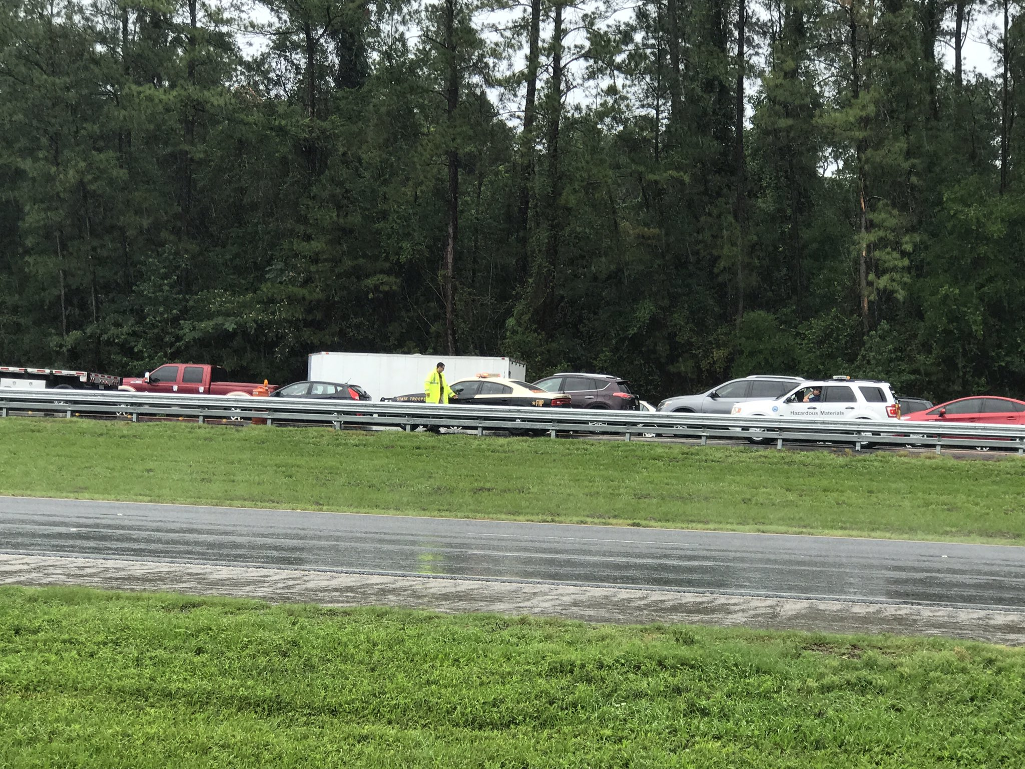 The northbound lanes of I-75 are blocked after a wreck and fuel leak involving a truck near mile marker 390. (Andy Paras/CBS 4 News)