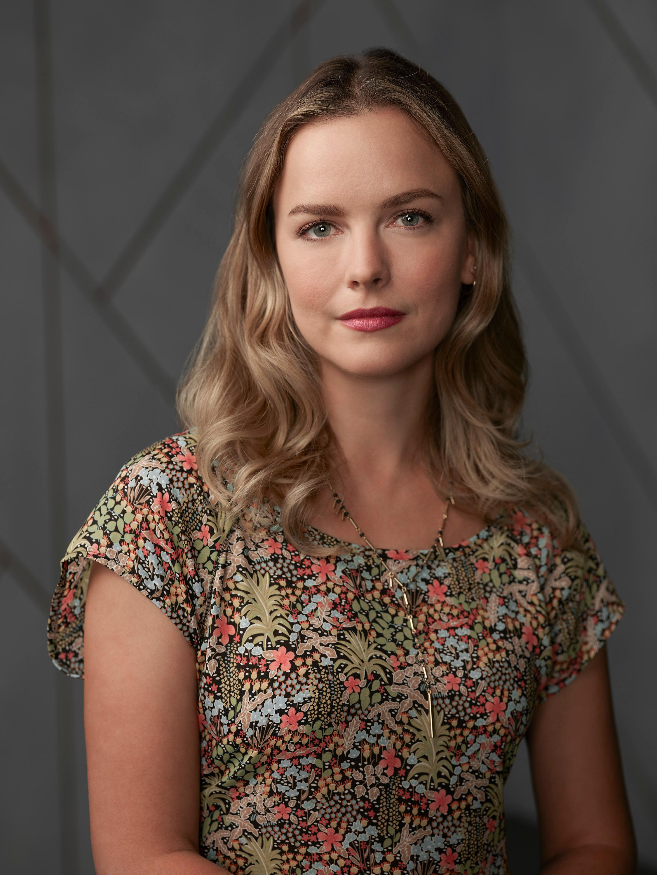 "A MILLION LITTLE THINGS - ABC's ""A Million Little Things"" stars Allison Miller as Maggie. (ABC/Matthias Clamer)"