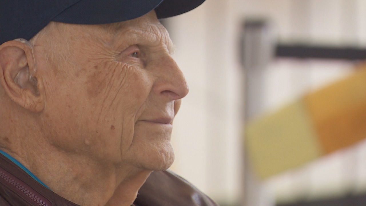 "Harold ""Bert"" Shepperd waited 70 years to see the aircraft he flew on during World War II. (KATU)"