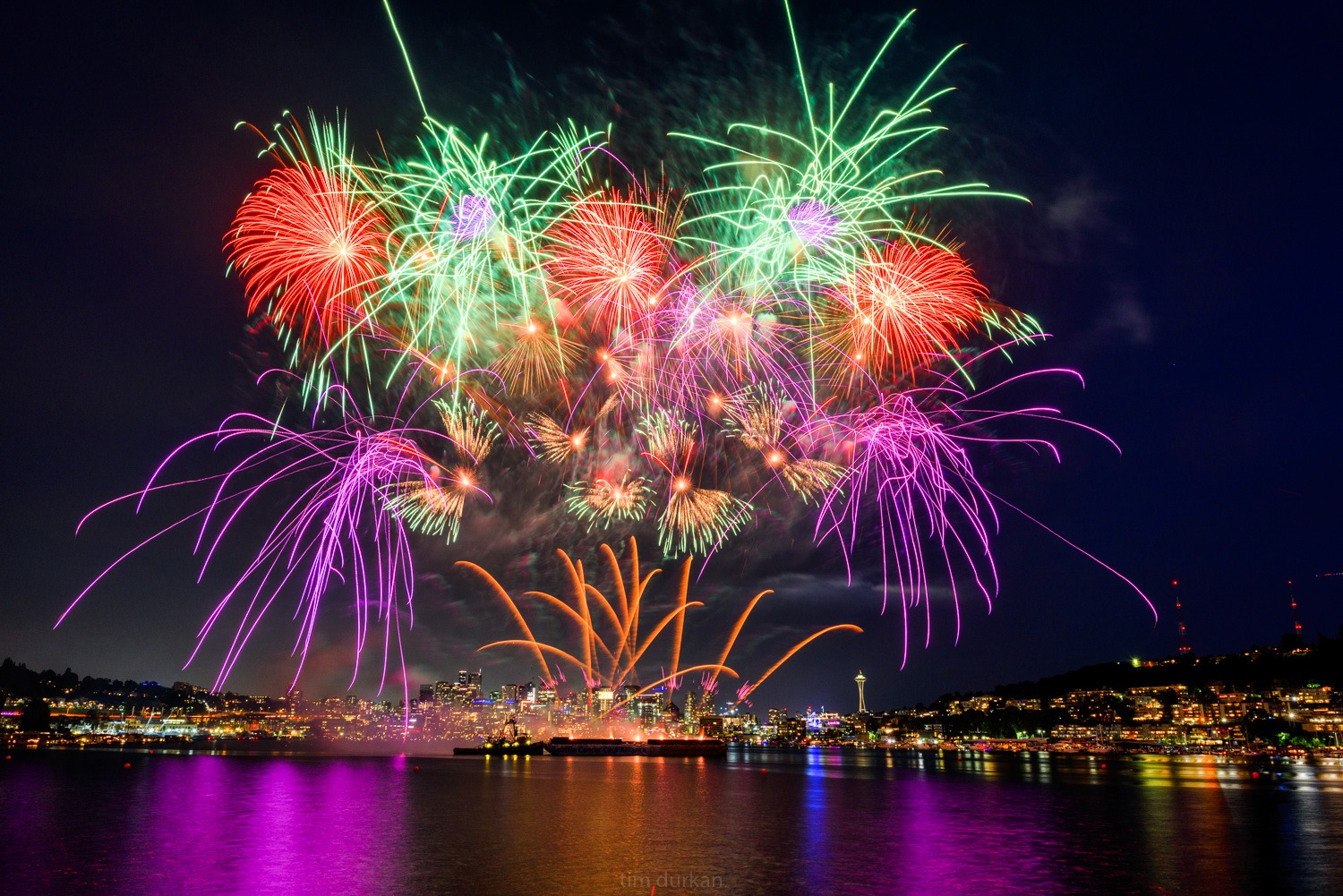 Fourth of July fireworks in Seattle (Tim Durkan Photography - Seattle)