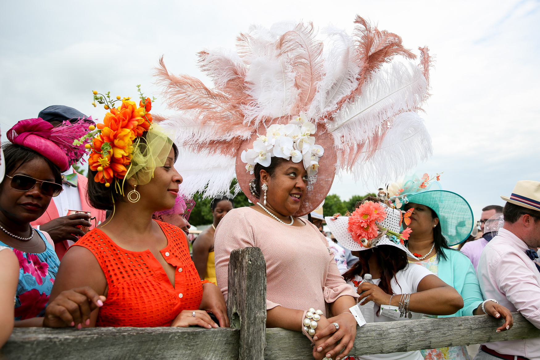 First of all, this woman handmade this gorgeous hat and she didn't win! No offense to the other competitors, but she was robbed. We are officially team ostrich-and-orchid hat. (Amanda Andrade-Rhoades/DC Refined)<p></p>